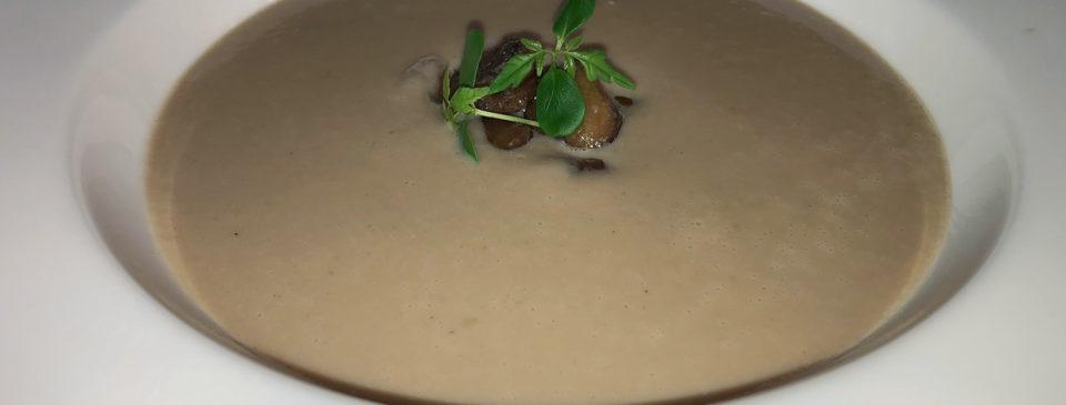Polévka kaštanová